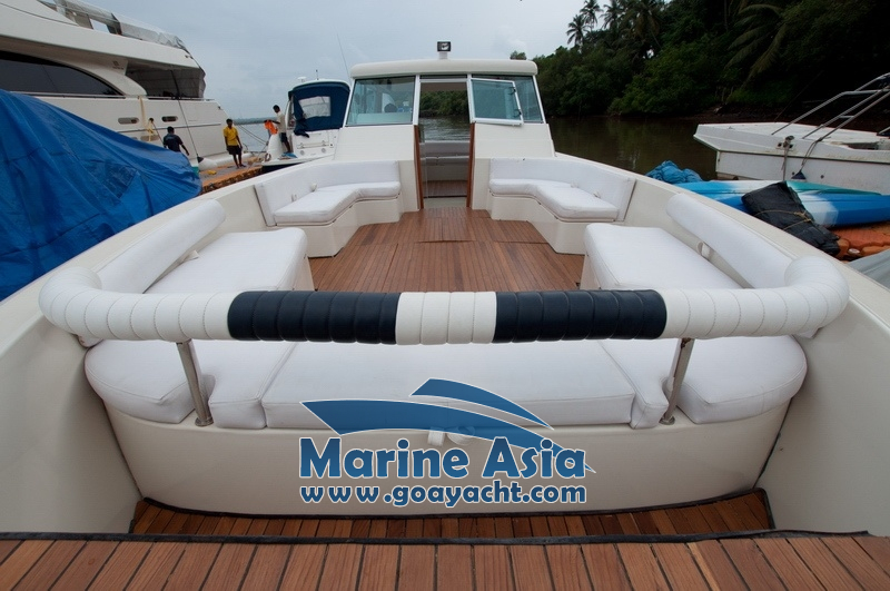 Ultimate Boat Boat Cruise Yacht For Hire In Goa